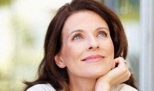 menopausia-sintomas-previos prcoz feliz mujer