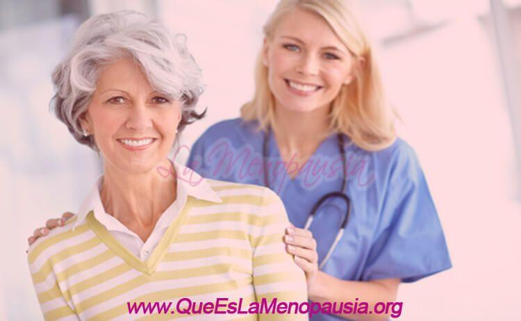 Mujer menopáusica y geriatra
