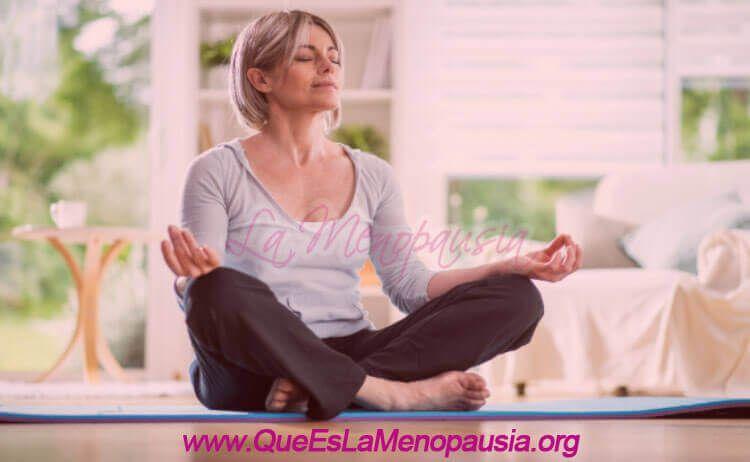 Practicar Yoga en la menopausia