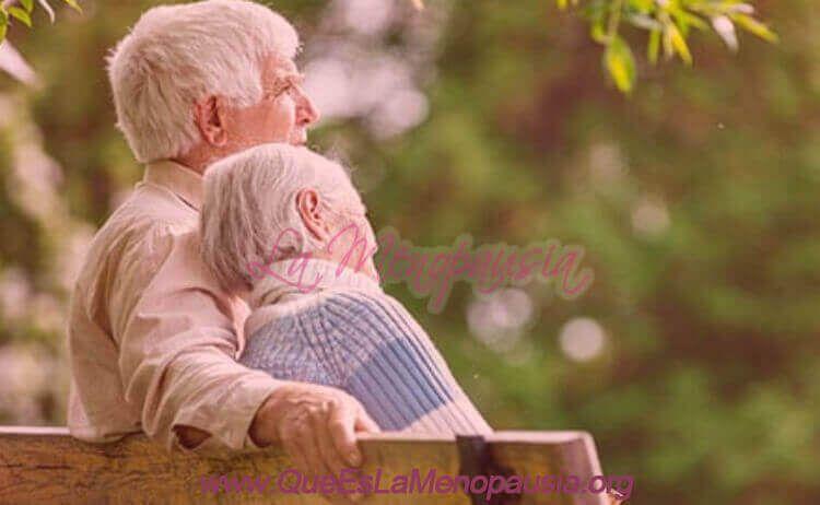 Seguridad en salud en menopausia y andropausia