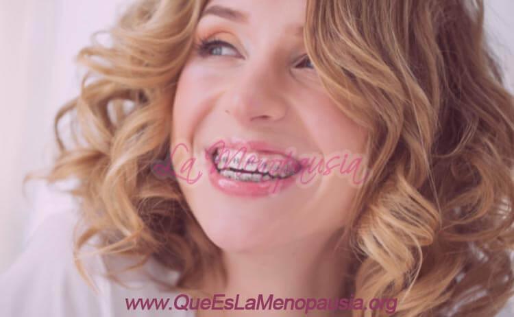 ¿Afecta la menopausia al uso de la ortodoncia?